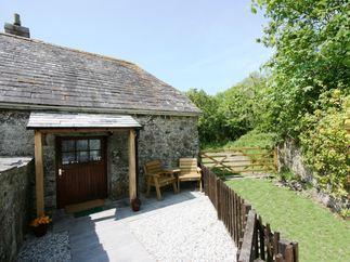 Pumpkin Cottage is located in Wadebridge