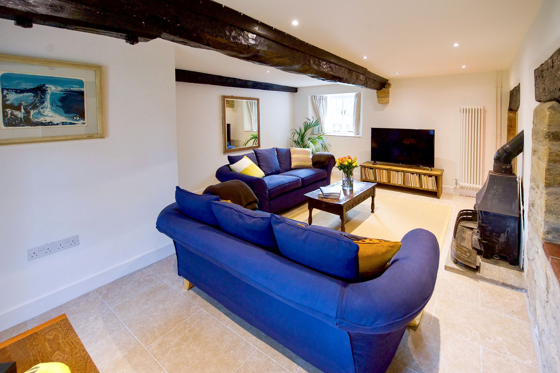 Bake House Cottage is located in Sherborne and surrounding villages