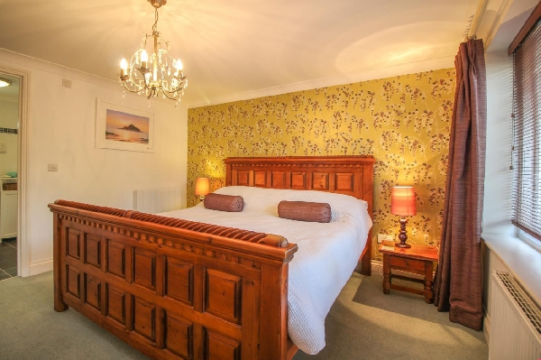Dune Cottage at Rosevidney Manor price range is from just £359