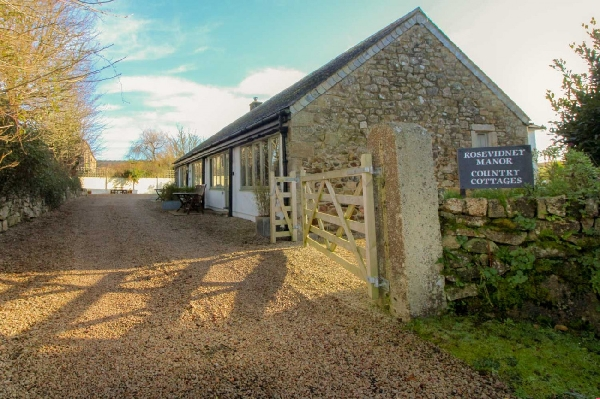 Cottage holidays England - Dune Cottage at Rosevidney Manor