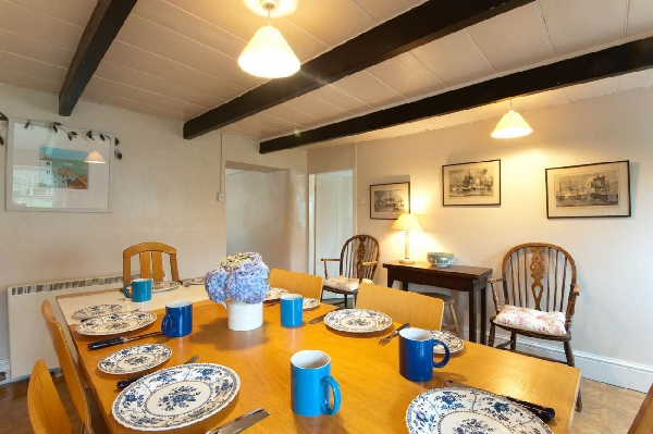 April Cottage price range is from just £319