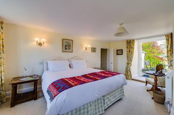The West Wing at Trevadlock Manor Holiday Cottage