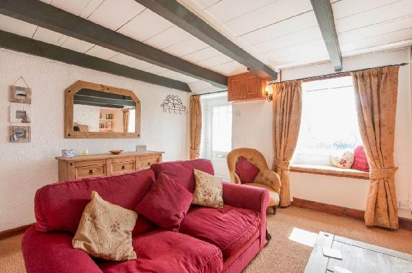Gribbas Cottage Pictures