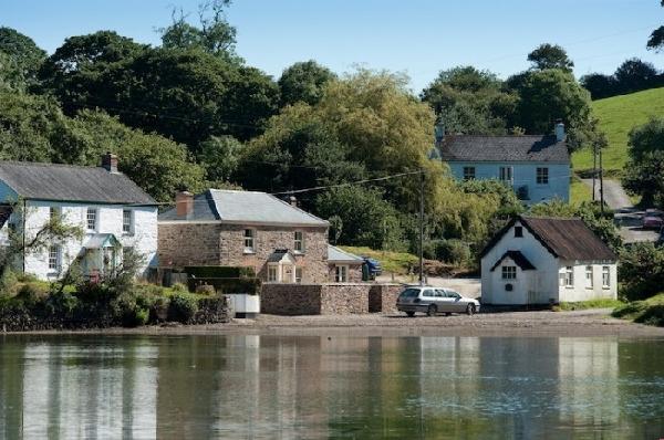 Riverside Cottage Images