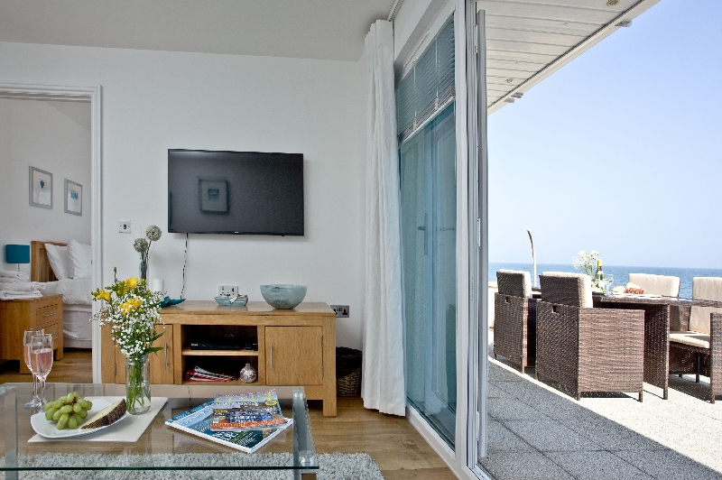 3 At The Beach is in Torcross, Devon