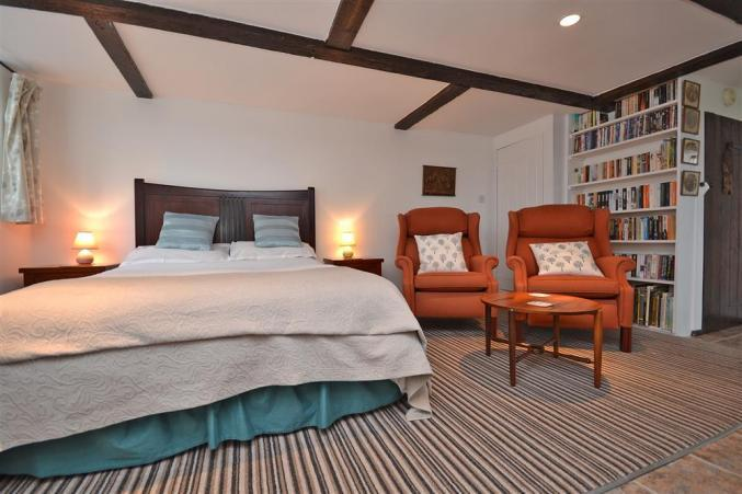 Cottage holidays England - The Old Granary at Kinkell Cottage