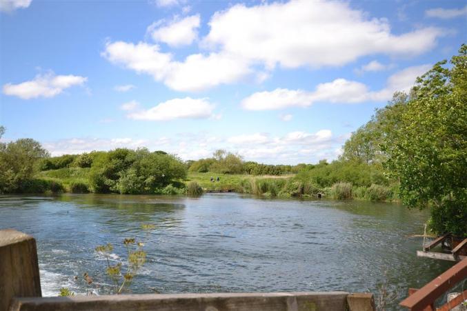 Cottage holidays England - 4 Bickton Mill