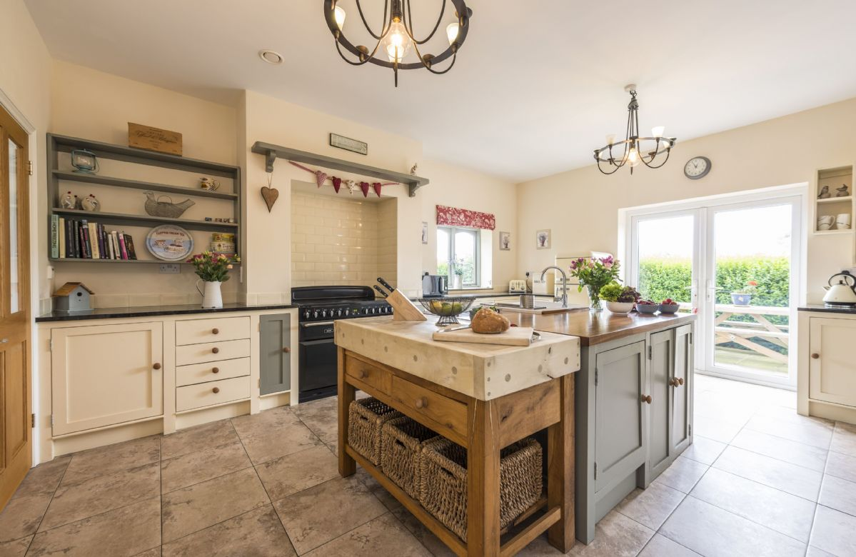 Hideaway Cottage is located in Beaminster