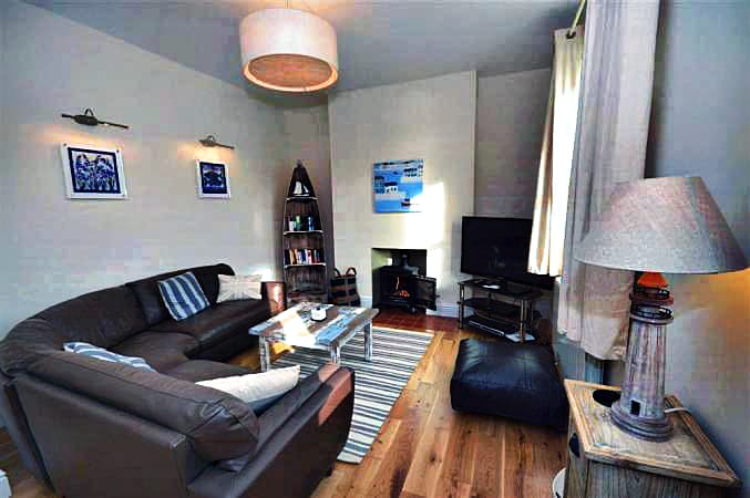 1 River View Holiday Cottage