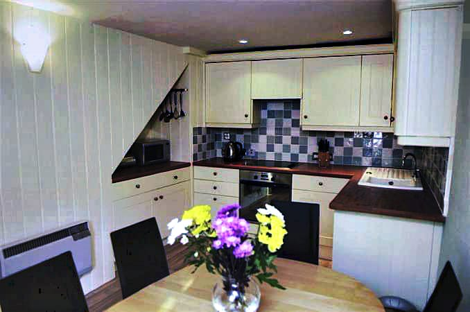 1 Vale Cottage Pictures