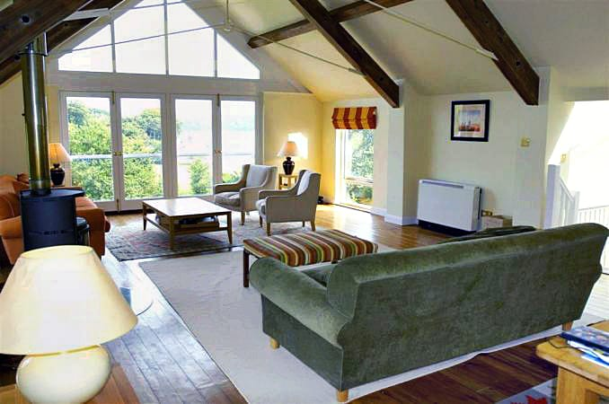Binham Cottage is located in Dittisham