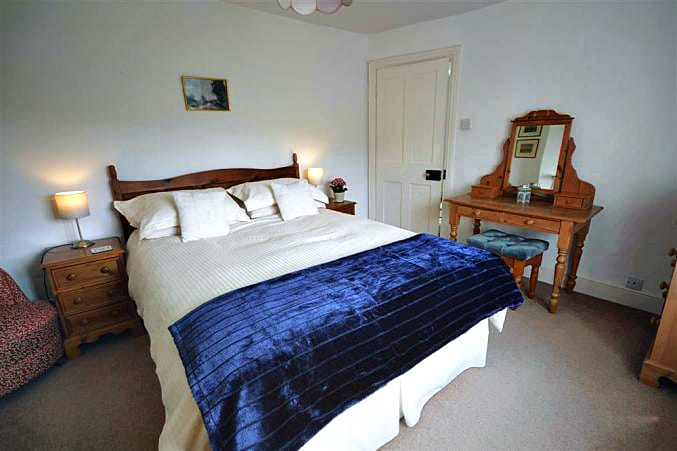 East Galliford Holiday Cottage