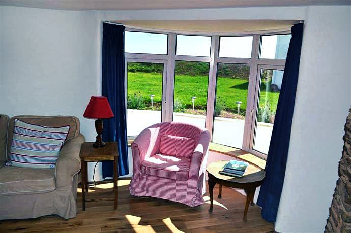 Cottage holidays England - Little Coombe