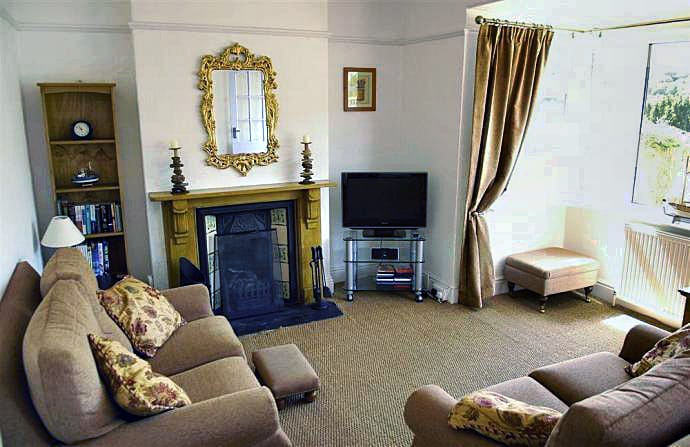 Lowena Cottage is located in Looe