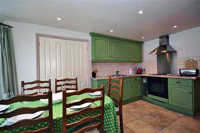 Nelsons Cottage Images