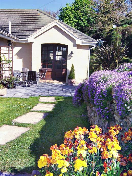 Cottage holidays England - Orchard Cottage Apartment