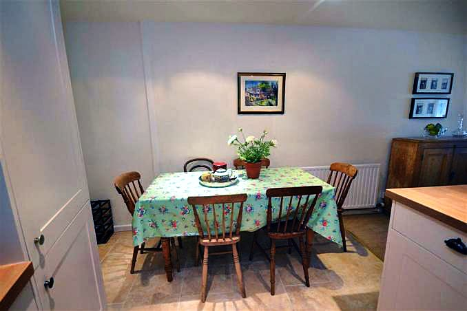 Stable Cottage (Totnes) Pictures
