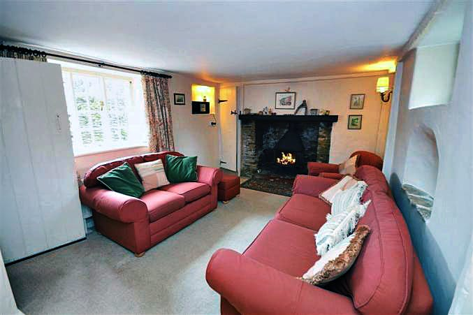 Yew Tree Cottage sleeps 5