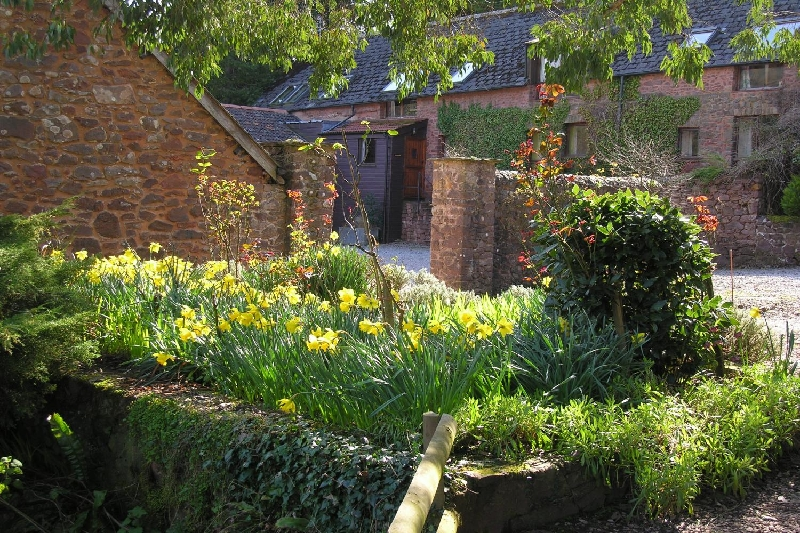 Withycombe Cottage a holiday cottage rental for 6 in Dunster,