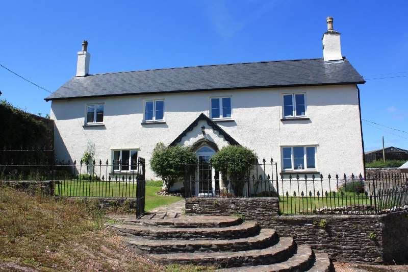Upcott Farm House a holiday cottage rental for 16 in Winsford,