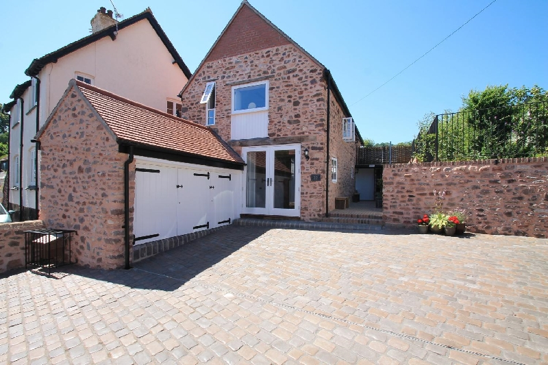 Stone Barn a holiday cottage rental for 6 in Minehead,