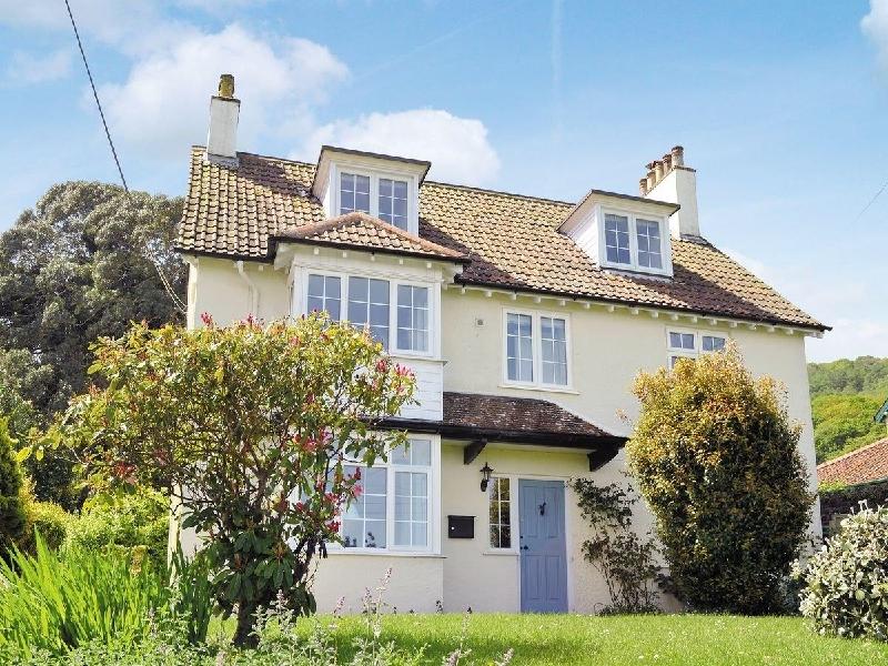 Underway a holiday cottage rental for 7 in West Porlock,