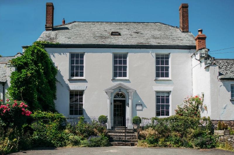 Image of Heasley House