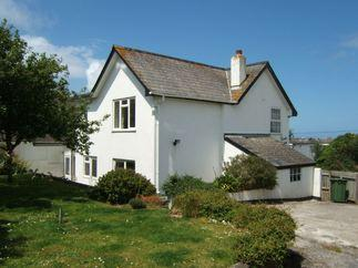 Clovelly Cottage a holiday cottage rental for 8 in Newquay,