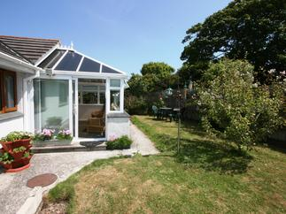 Eagles Nest a holiday cottage rental for 4 in St Agnes,