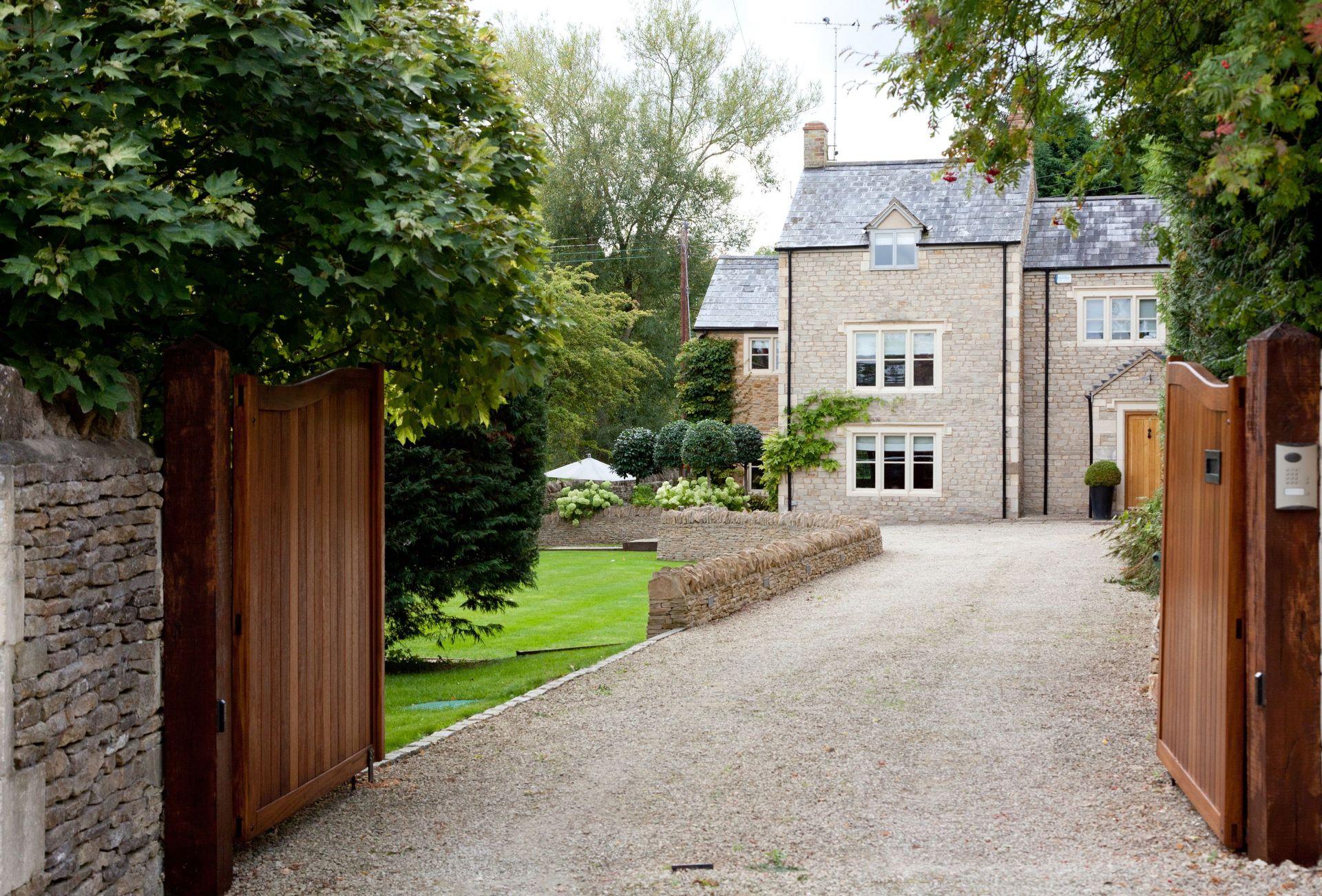 Image of Pear Tree Cottage (Oddington)