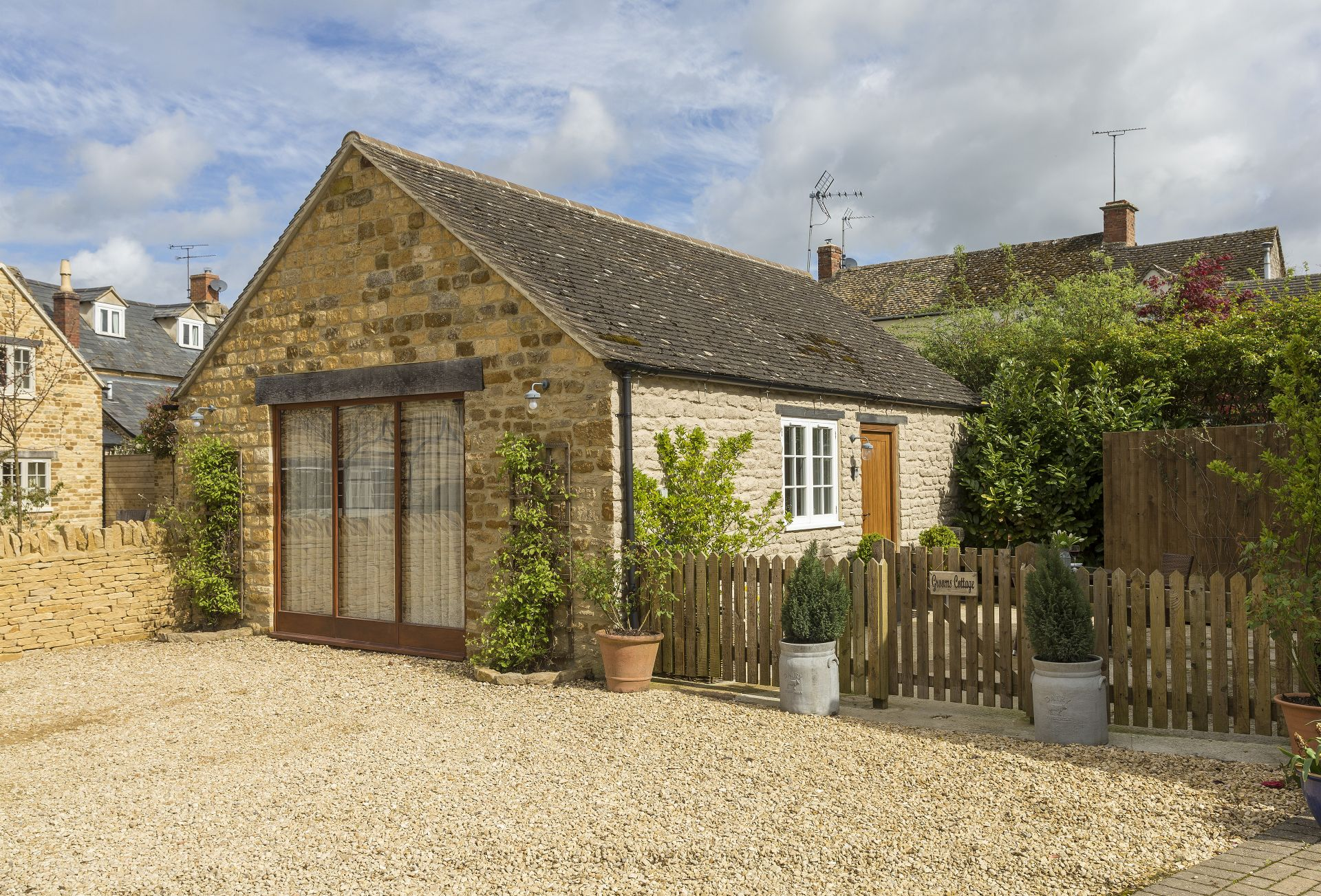 Details about a cottage Holiday at Grooms Cottage