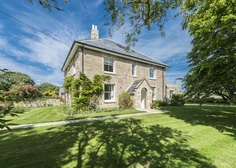 Brook Farmhouse a holiday cottage rental for 11 in Yarmouth and surrounding villages,