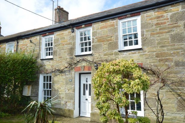 Roseneath a holiday cottage rental for 8 in St Agnes,