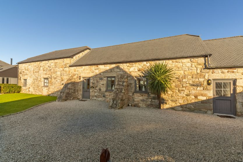 Poppy Cottage - Gonwin Manor a holiday cottage rental for 4 in Carbis Bay,