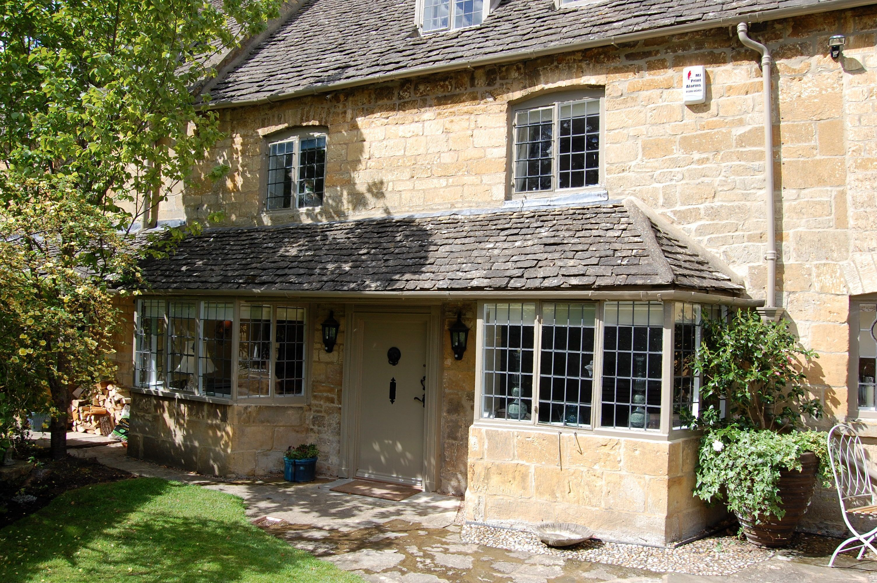 Closes Farm Cottage a holiday cottage rental for 6 in Broadway,