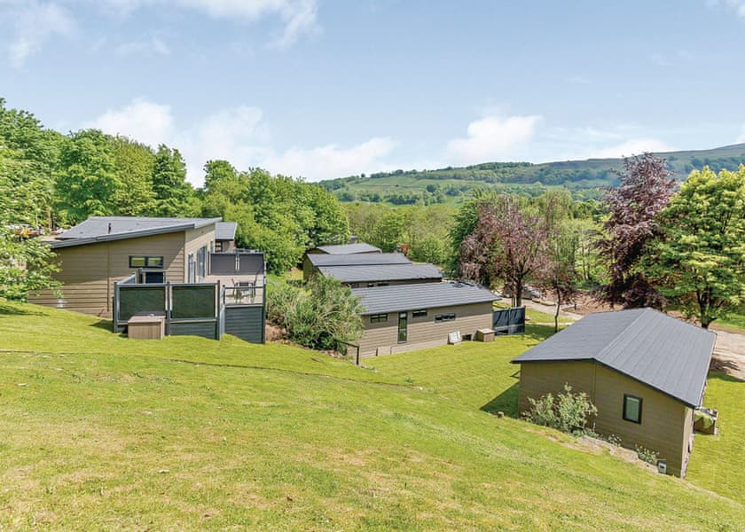 Aysgarth Lodges