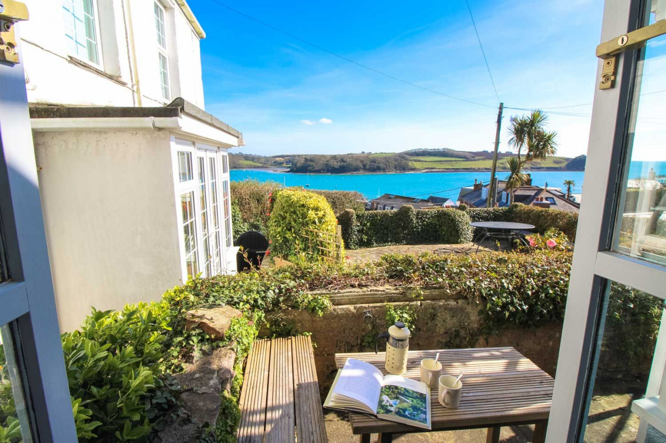 Chapel Cottage a holiday cottage rental for 4 in St Mawes,