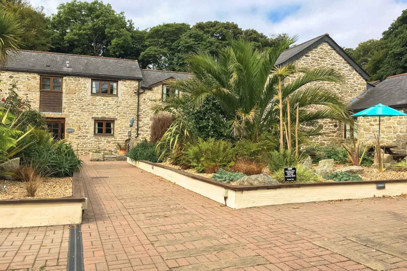 Newlyn Cottage a holiday cottage rental for 6 in Falmouth,