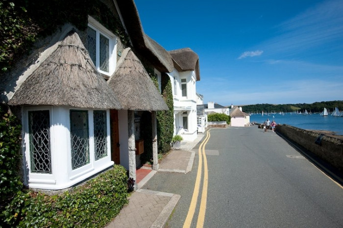 Seacliffe Warren a holiday cottage rental for 7 in St Mawes,