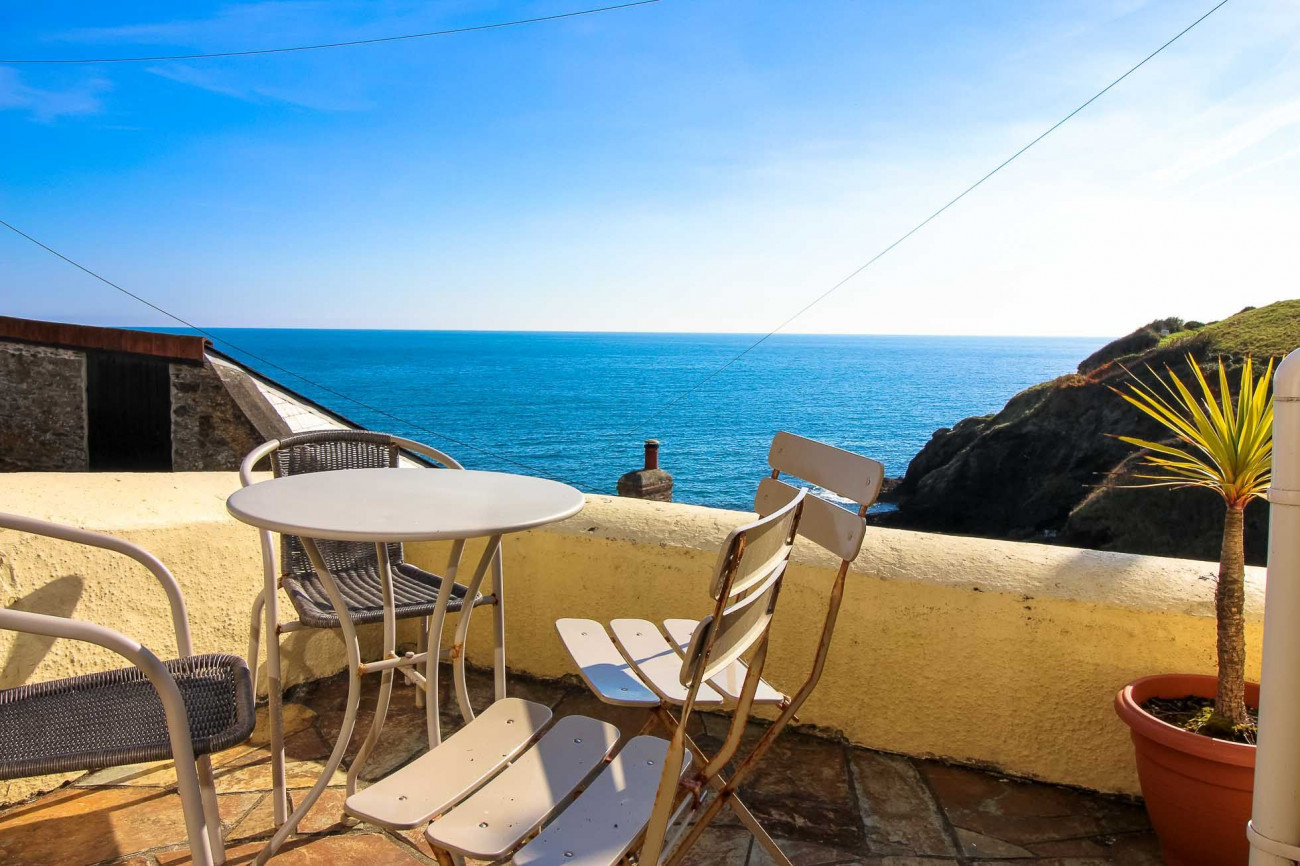 Ocean View, Portloe a holiday cottage rental for 4 in Portloe,