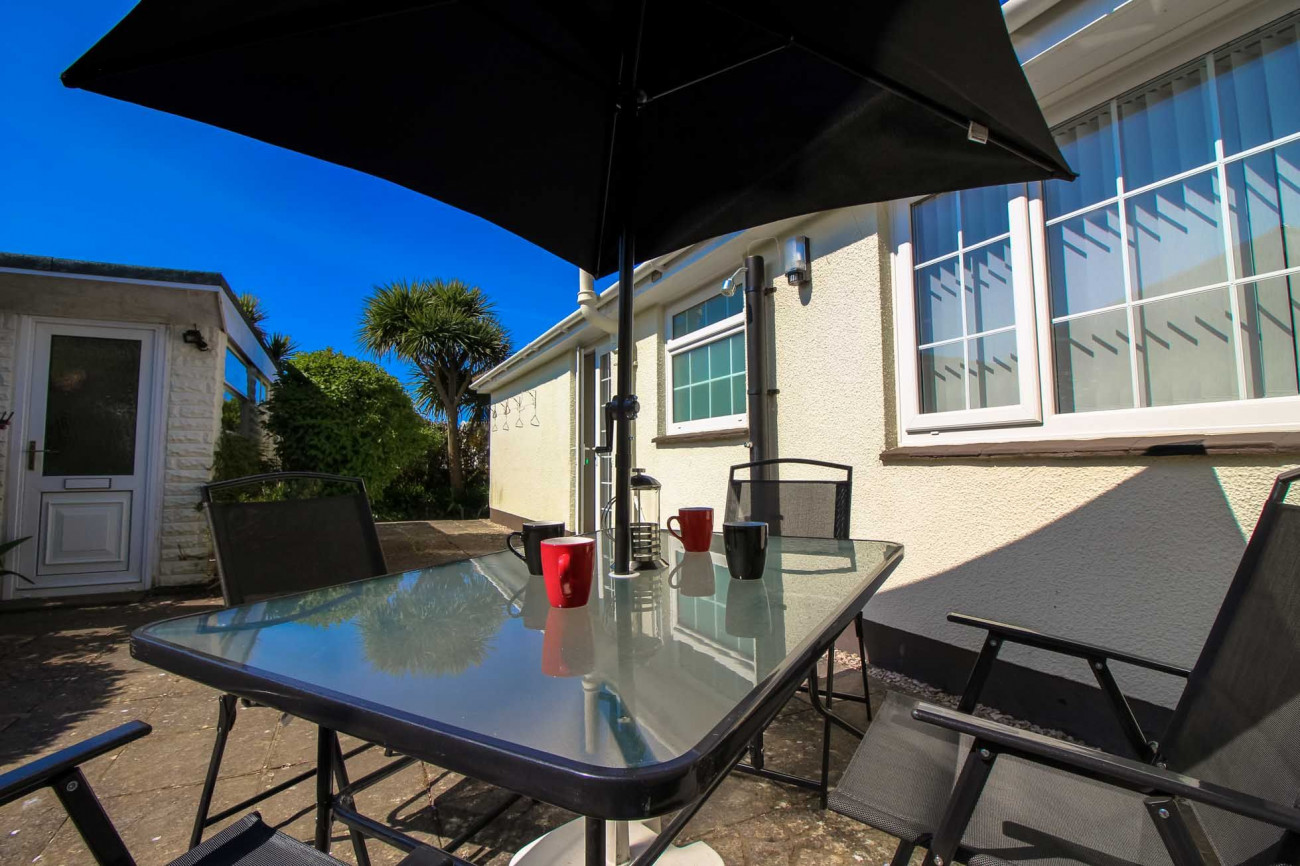 Palm Villa a holiday cottage rental for 4 in Widemouth Bay,