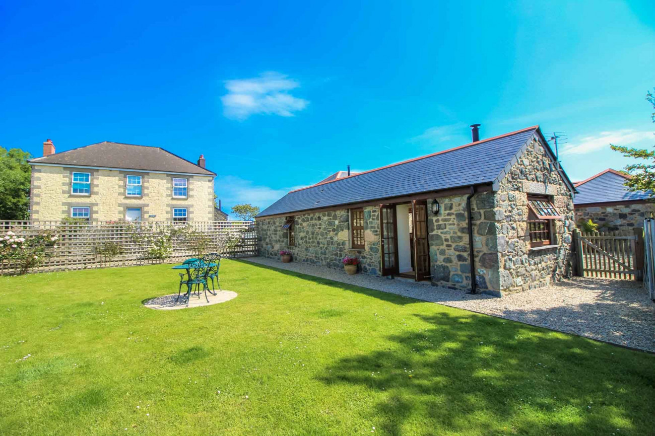 Details about a cottage Holiday at Manor Arvor