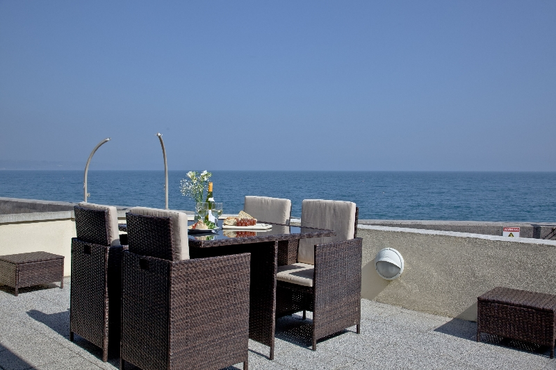 3 At The Beach a holiday cottage rental for 4 in Torcross,