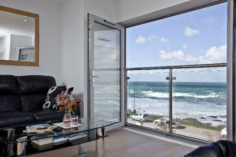 5 Fistral Beach a holiday cottage rental for 4 in Newquay,