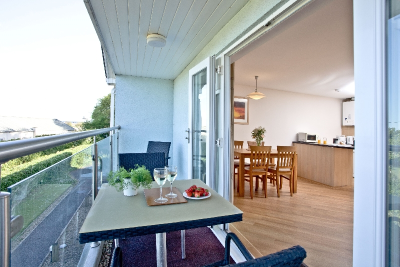 12 Red Rock Apartments a holiday cottage rental for 4 in Dawlish Warren,