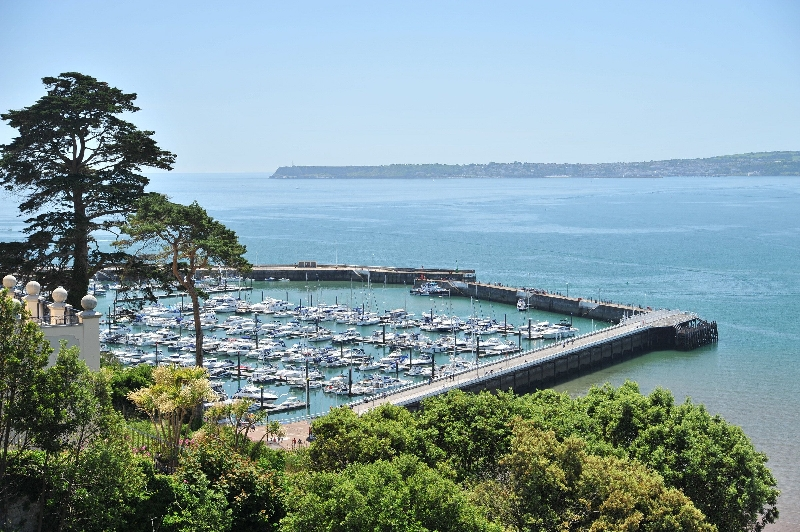 16 Astor House a holiday cottage rental for 4 in Torquay,
