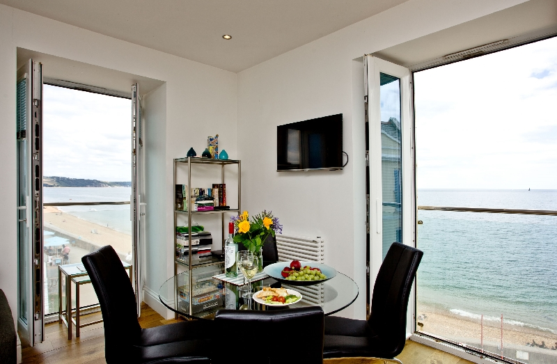 14 At The Beach a holiday cottage rental for 4 in Torcross,