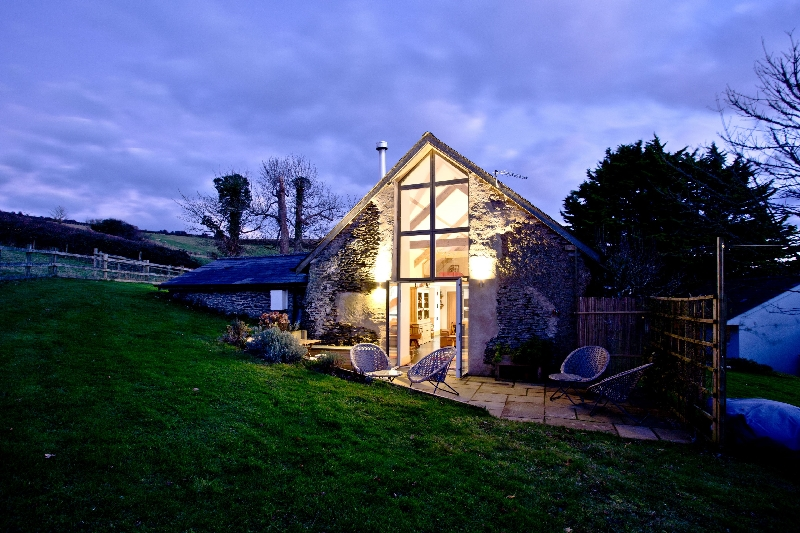 Highview Barn a holiday cottage rental for 4 in Saunton,