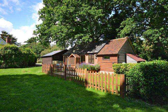 Meg's a holiday cottage rental for 2 in East Boldre,