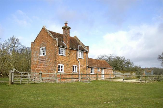 Royden Manor Annexe a holiday cottage rental for 2 in Brockenhurst,
